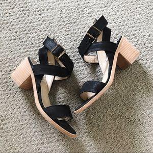 Steve Madden black heeled strappy sandals size 7